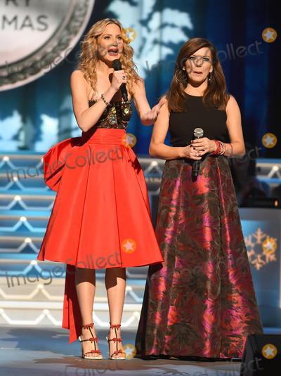 Jennifer Nettles Photo - 07 November 2015 - Nashville Tennessee - Jennifer Nettles Martina McBride 2015 CMA Country Christmas held at the Grand Ole Opry House Photo Credit Laura FarrAdMedia
