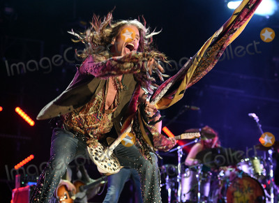 Aerosmith Photo - 11 June 2016 - Nashville Tennessee - Steven Tyler Aerosmith 2016 CMA Music Festival Nightly Concert held at Nissan Stadium Photo Credit Laura FarrAdMedia