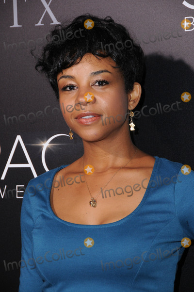 Aasha Davis Photo - 17 January 2017 - Hollywood California - Aasha Davis 2017 The Space Between Us special Los Angeles screening held at Arclight Hollywood Photo Credit Birdie ThompsonAdMedia