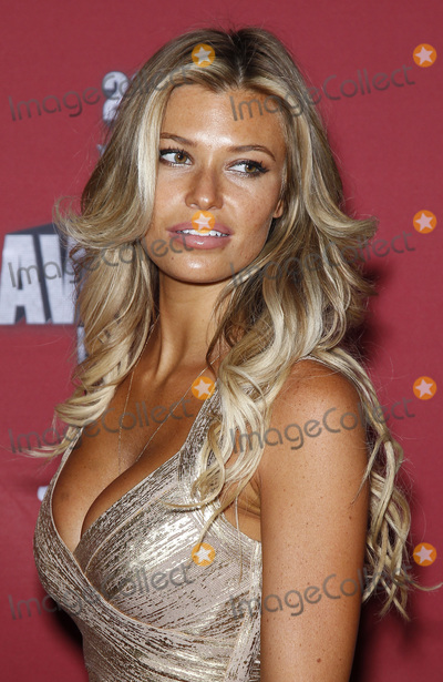 Samantha Hoopes Nude Photos 85