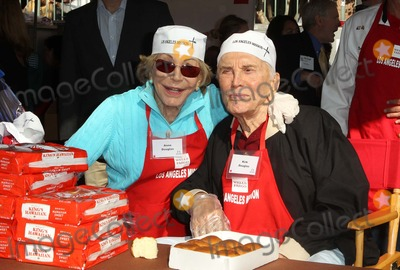 Anne Buydens Photo - 21 November 2012 - Los Angeles California - Anne Buydens Douglas Kirk Douglas Kirk And Anne Douglas Host 8th Annual Thanksgiving For Skid Row Homeless At Los Angele Mission Held At The Los Angeles Mission Photo Credit Kevan BrooksAdMedia