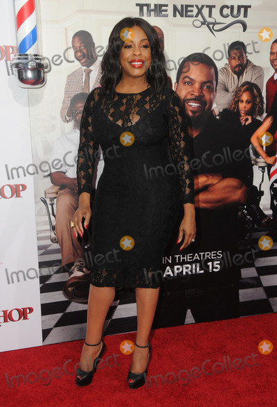 Niecy Nash Photo - 06 April 2016 - Hollywood California - Niecy Nash Arrivals for the Los Angeles Premiere of Barbershop The Next Cut held at TCL Chinese Theater Photo Credit Birdie ThompsonAdMedia