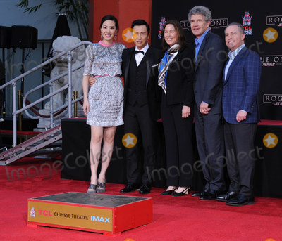Alan Bergman Photo - 30 November 2016 - Hollywood California Cissy Wang Donnie Yen Kathleen Kennedy Alan Horn Alan Bergman   Donnie Yen Hand And Footprint Ceremony held at TCL Chinese Theater Photo Credit Birdie ThompsonAdMedia