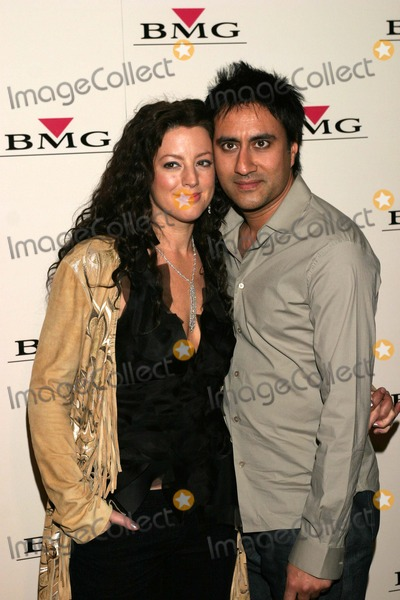 Ashwin Sood Photo - Sarah McLachlan and husband Ashwin Sood at the 2004 BMG Grammy Party Avalon Hollywood CA 02-08-04
