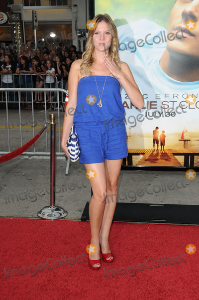 Amber Borycki Photo - Amber Boryckiat the Charlie St Cloud World Premiere Regency Village Theatre Westwood CA 07-20-10