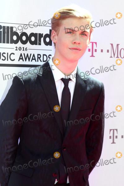 Aidan Alexander Photo - Aidan Alexanderat the 2016 Billboard Music Awards Arrivals T-Mobile Arena Las Vegas NV 05-22-16