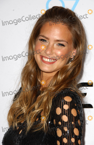 Bar Refaeli Photo - Bar Refaeliat the 2007 Sports Illustrated Swimsuit Issue Party Pacific Design Center West Hollywood CA 02-14-07