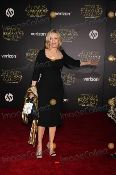 Diane Sawyer Photo - Diane Sawyerat the Star Wars The Force Awakens World Premiere El Capitan Hollywood CA 12-14-15