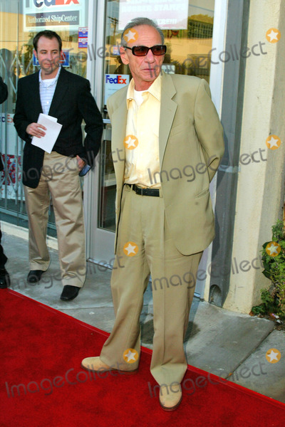 Henry Hill Photo - Henry Hill at the Goodfellas New Double Disc Special Edition DVD Release Celebration with a Traditional Sit-Down Dinner Matteos Restaurant Westwood CA 08-16-04