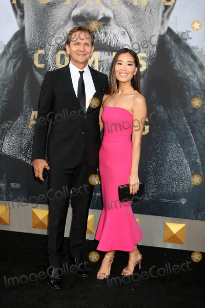 Alicia Hannah Photo - Sebastian Roche Alicia Hannah Kimat the King Arthur Legend of the Sword World Premiere TCL Chinese Theater IMAX Hollywood CA 05-08-17