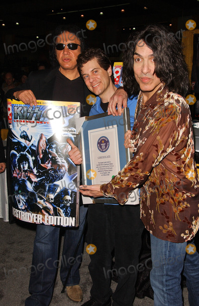 Paul Stanley Photo - Gene Simmons and Paul Stanleyat the Wizard World Convention where Platinum Studios Inc and Kiss Comics Group unveil the worlds largest comic book Los Angeles Convention Center Los Angeles CA 03-16-07