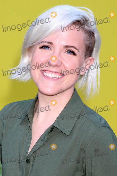 Hannah Hart Photo - Hannah Hartat the Sausage Party Premiere Village Theater Westwood CA 08-09-16