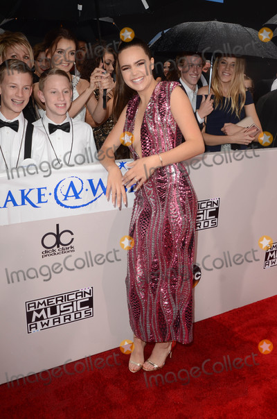 Bailee Madison Photo - Bailee Madisonat Westwood One on the carpet at the 2016 American Music Awards Microsoft Theater Los Angeles CA 11-20-16