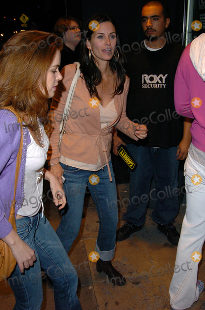 Sting Photo - Courteney Cox Guest arrive at the special performance of Sting The Roxy West Hollywood CA 03-28-05