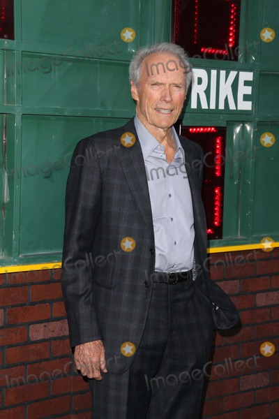 Clint Eastwood Photo - Clint Eastwoodat the Trouble With The Curve Los Angeles Premiere Mann Village Theatre Westwood CA 09-19-12