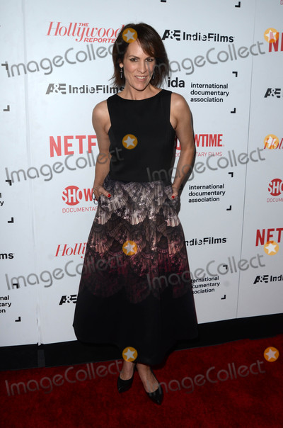 Annabeth Gish Photo - Annabeth Gishat the 32nd Annual IDA Awards Paramount Studios Hollywood CA 12-09-16