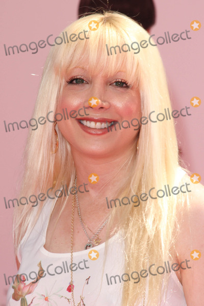 Courtney Peldon Photo - Courtney Peldonat The Three Stooges Los Angeles Premiere Chinese Theater Hollywood CA 04-07-12
