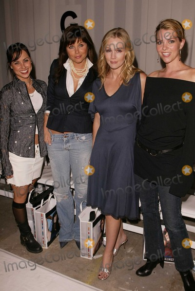 Amelinda Embry Photo - Constance Zimmer Tiffani Thiessen Jennie Garth and Amelinda Embry at the Tree Fashion Show as part of Mercedes Benz Fashion Week The Standard Los Angeles CA 10-29-03