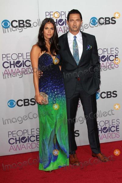 Sasha Roiz Photo - Sasha Roizat the 2013 Peoples Choice Awards Arrivals Nokia Theater Los Angeles CA 01-09-13