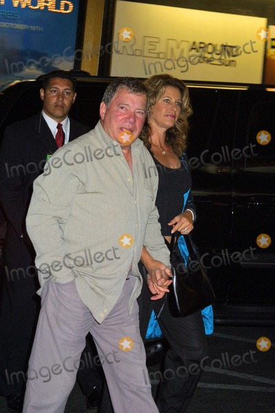 William Shatner Photo - William Shatner and wife Elizabeth at Shatners In-store Appearance and CD Signing for his music CD Has Been at Tower Records on Sunset West Hollywood CA 10-05-04