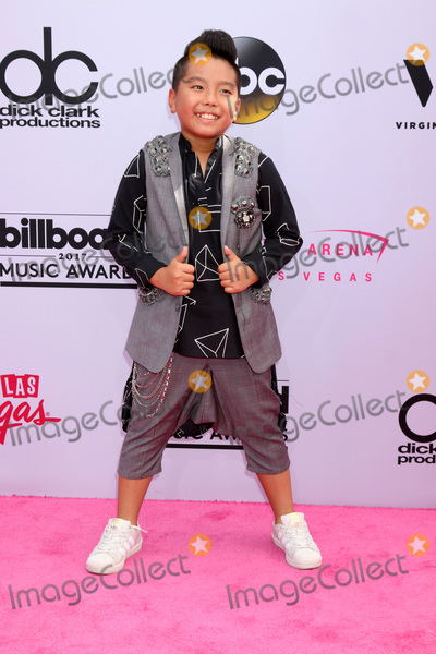 Prince Photo - LAS VEGAS - MAY 21   Aidan Prince Xiong at the 2017 Billboard Music Awards - Arrivals at the T-Mobile Arena on May 21 2017 in Las Vegas NV