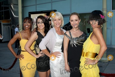 Scout Taylor Compton Photo - Elise Neal Scout Taylor-Compton Helen Mirren Taryn Manning and Bai Lingarrives at the Love Ranch LA PremiereArcLight HollywoodLos Angeles CAJune 23 2010