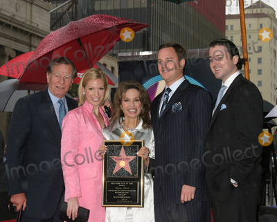 Alexander Georges Photo - SUSAN LICCI CELEBRATES 35TH ANNIVERSARYON ALL MY CHILDREN WITH HER STAR ONHOLLYWOOD WALK OF FAMEHOLLYWOOD CAJANUARY  28 2005HELMUT HUBERLIZA HUBERSUSAN LUCCIANDREAS HUBER ALEXANDER GEORGE HESTERBERG III