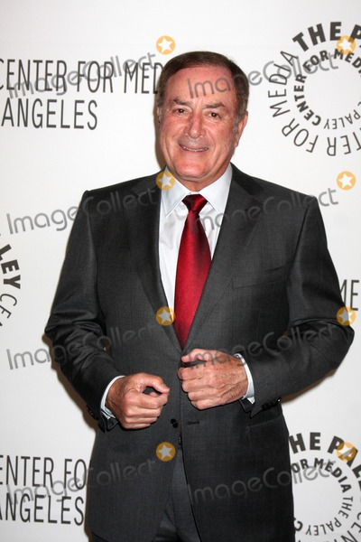 Al Michaels Photo - LOS ANGELES - NOV 30  Al Michaels arrives at the Paley Center for Media Annual Los Angeles Gala Honoring Mary Hart  Al Michaels at Beverly Wilshire Hotel on November 30 2010 in Beverly Hills CA