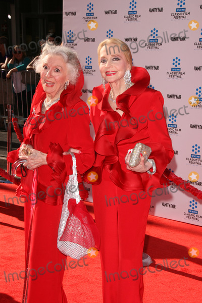 Anne Rutherford Photo - LOS ANGELES - APR 27  Anne Rutherford Anne Jeffreys arriving at the TCM Classic Film Festival Opening Night Gala And World Premiere Of An American In Paris at Graumans Chinese Theater on April 27 2011 in Los Angeles CA