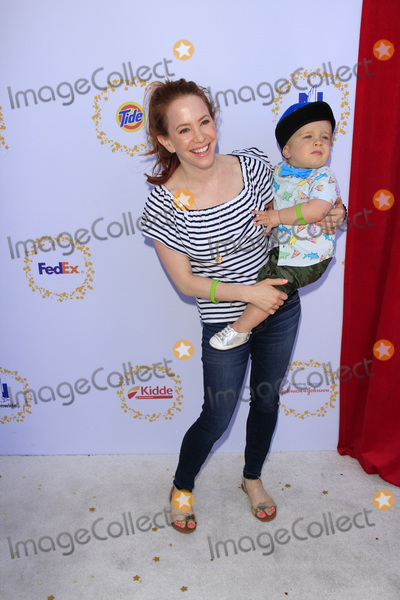 Amy Davidson Photo - LOS ANGELES - APR 23  Amy Davidson Lennox Lockwood at the Safe Kids Day at the Smashbox Studios on April 23 2017 in Culver City CA