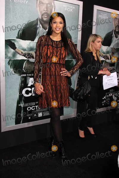 Kali Hawk Photo - LOS ANGELES - OCT 15  Kali Hawk arrives at the Alex Cross Premiere at ArcLight Cinemas Cinerama Dome on October 15 2012 in Los Angeles CA