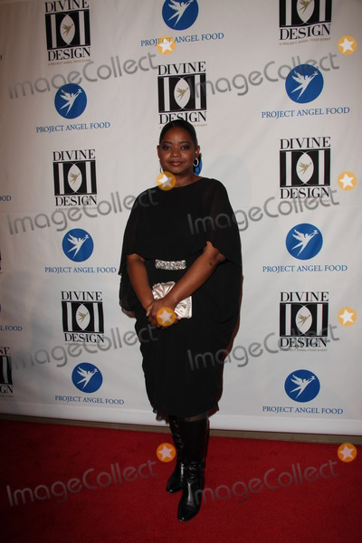 Divine Photo - LOS ANGELES - DEC 7  Octavia Spencer arrives at the Project Angel Foods 2011 Divine Design Gala at Beverly Hilton on December 7 2011 in Beverly Hills CA