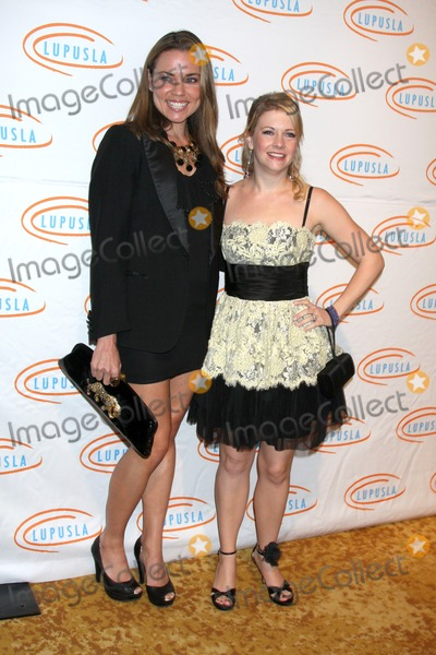 Natalie Coughlin Photo - Natalie Coughlin  Melissa Joan Hartarriving at the 7th Annual Lupus LA Bag Ladies Luncheon Beverly Wilshire HotelBeverly Hills  CANovember 18 2009