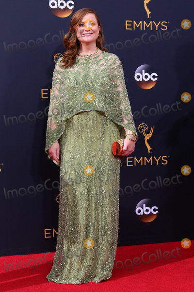 Amy Poehler Photo - LOS ANGELES - SEP 18  Amy Poehler at the 2016 Primetime Emmy Awards - Arrivals at the Microsoft Theater on September 18 2016 in Los Angeles CA