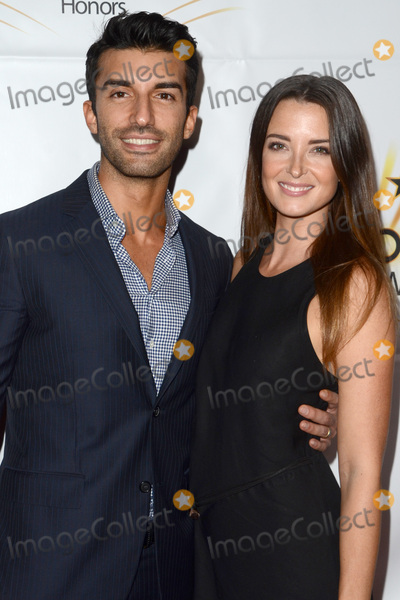 Emily Foxler Photo - LOS ANGELES - OCT 25  Justin Baldoni Emily Foxler at the Hollywood Walk of Fame Honors at Taglyan Complex on October 25 2016 in Los Angeles CA