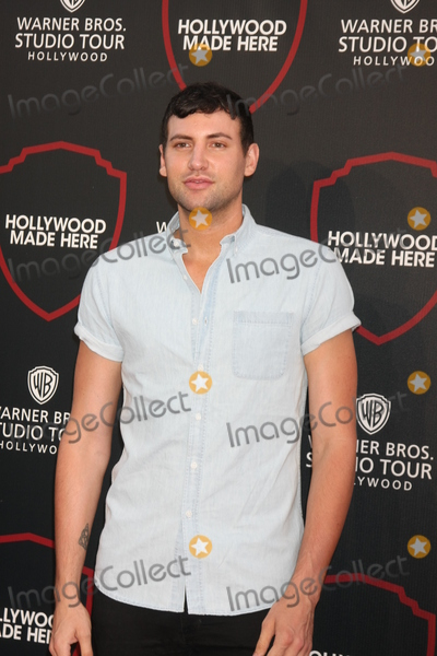 Alx James Photo - LOS ANGELES - JUL 14  Alx James at the Warner Bros Studio Tour Hollywood Expansion Official Unveiling Stage 48 Script To Screen at the Warner Brothers Studio on July 14 2015 in Burbank CA