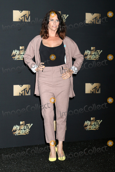 Amy Landecker Photo - LOS ANGELES - MAY 7  Amy Landecker at the MTV Movie and Television Awards on the Shrine Auditorium on May 7 2017 in Los Angeles CA