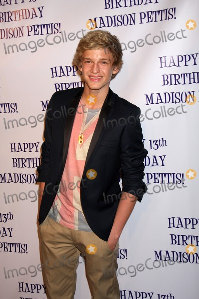 cody simpson and madison pettis dating
