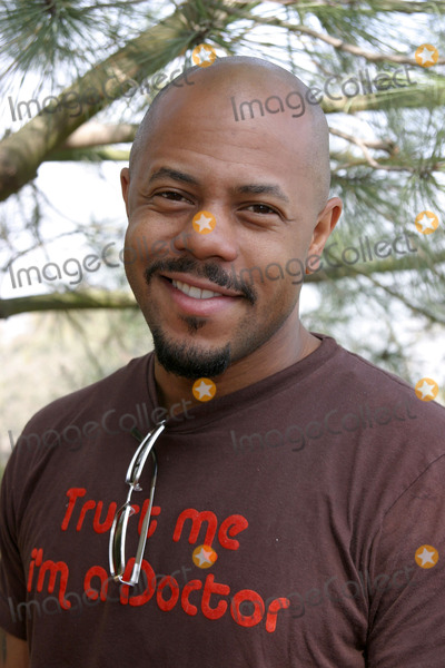 Rockmond Dunbar Photo - Rockmond DunbarEMA  E Entertainment Tree Planting EventTree Peoples headquarters in Coldwater Canyon ParkLos Angeles CAApril 4 2007