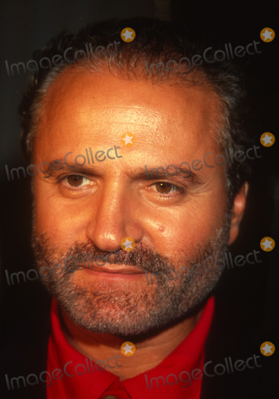 Gianni Versace Photo - Gianni Versace6917JPG1990 FILE PHOTONew York NYGianni VersacePhoto by Adam ScullPHOTOlinknetONE TIME REPRODUCTION RIGHTS ONLY813-995-8612 - eMail ADAMcopyrightPHOTOLINKNET