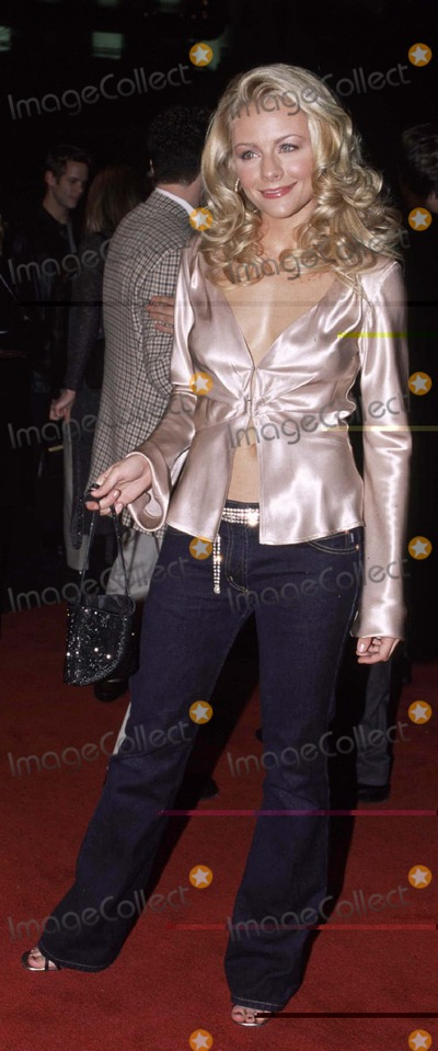 Jessica Cauffiel Photo - Photo by Sara De Boer 20101Copyright Star Max 2001  Premiere of ValentineMann Chinese Theater Hollywood CaliforniaJessica Cauffiel