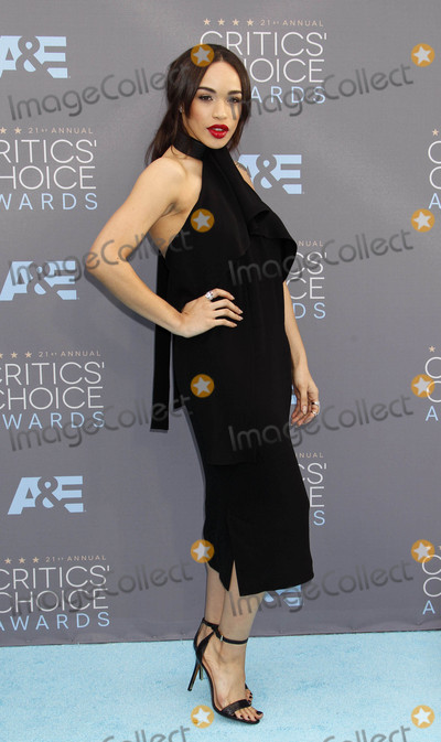 Cleopatra Coleman Photo - Photo by REWestcomstarmaxinccomSTAR MAX2016ALL RIGHTS RESERVEDTelephoneFax (212) 995-119611716Cleopatra Coleman at The 21st Annual Critics Choice Awards(Santa Monica CA)