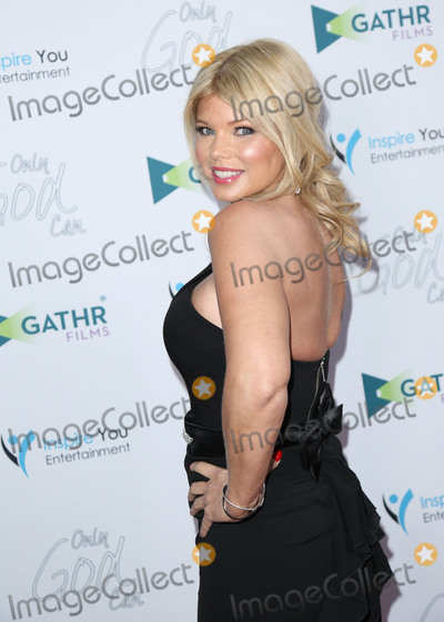 Donna DErrico Photo - Photo by JMAstarmaxinccomSTAR MAXCopyright 2016ALL RIGHTS RESERVEDTelephoneFax (212) 995-119632216Donna DErrico at the premiere of Only God Can(North Hollywood CA)