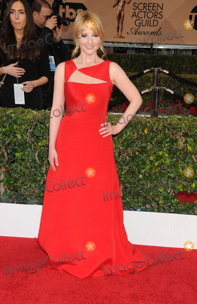 Melissa Rauch Photo - Photo by GalaxystarmaxinccomSTAR MAX2016ALL RIGHTS RESERVEDTelephoneFax (212) 995-119613016Melissa Rauch at the 22nd Annual Screen Actors Guild Awards held at the Shrine Auditorium(Los Angeles CA)