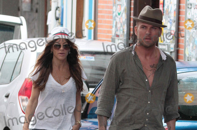 Matt  Goss Photo - Robin Antin and Matt Goss on holiday (St Barts) 122910
