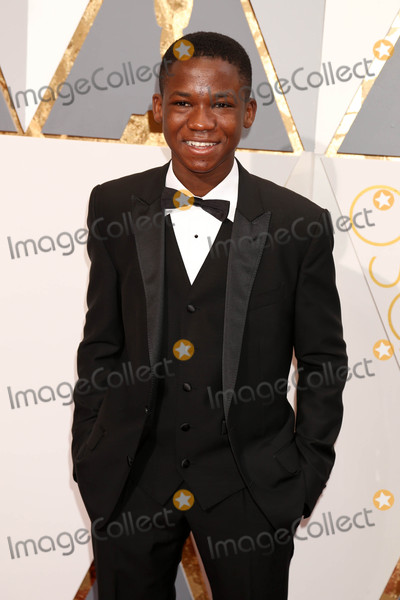 Abraham Attah Photo - Photo by REWestcomstarmaxinccomSTAR MAXCopyright 2016ALL RIGHTS RESERVEDTelephoneFax (212) 995-119622816Abraham Attah at the 88th Annual Academy Awards (Oscars)(Hollywood CA USA)