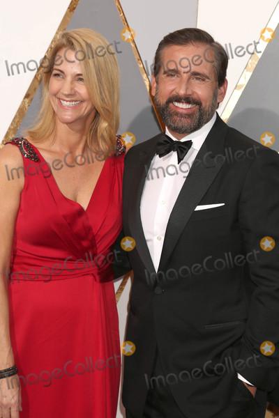 Steve Carell Photo - Photo by REWestcomstarmaxinccomSTAR MAXCopyright 2016ALL RIGHTS RESERVEDTelephoneFax (212) 995-119622816Nancy Carell and Steve Carell at the 88th Annual Academy Awards (Oscars)(Hollywood CA USA)