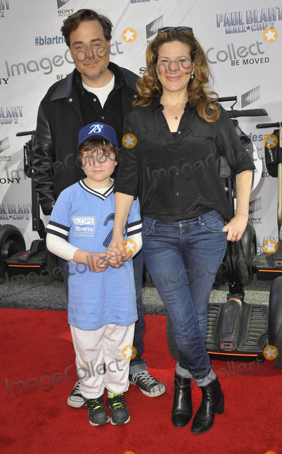 Ana Gasteyer Photo - Photo by Patricia SchleinstarmaxinccomSTAR MAX2015ALL RIGHTS RESERVEDTelephoneFax (212) 995-119641115Ana Gasteyer and family at the premiere of Paul Blart Mall Cop 2(NYC)