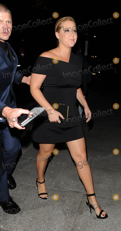 Amy Schumer Photo - Photo by KGC-305starmaxinccomSTAR MAX2016ALL RIGHTS RESERVEDTelephoneFax (212) 995-11969616Amy Schumer arrives at The GQ Awards