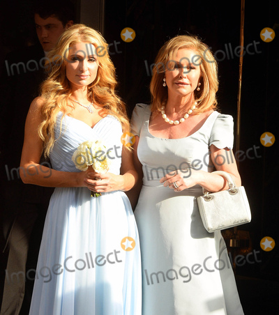 Nicky Hilton Photo - Photo by KGC-102starmaxinccomSTAR MAXCopyright 2015ALL RIGHTS RESERVEDTelephoneFax (212) 995-119671015Paris Hilton and Kathy Hilton are seen on Nicky Hiltons wedding day leaving Claridges Hotel en route to Kensington Palace for Nickys marriage ceremony to James Rothschild(London England UK)